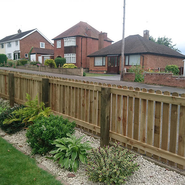 Picket Fencing and Planting in Keyworth