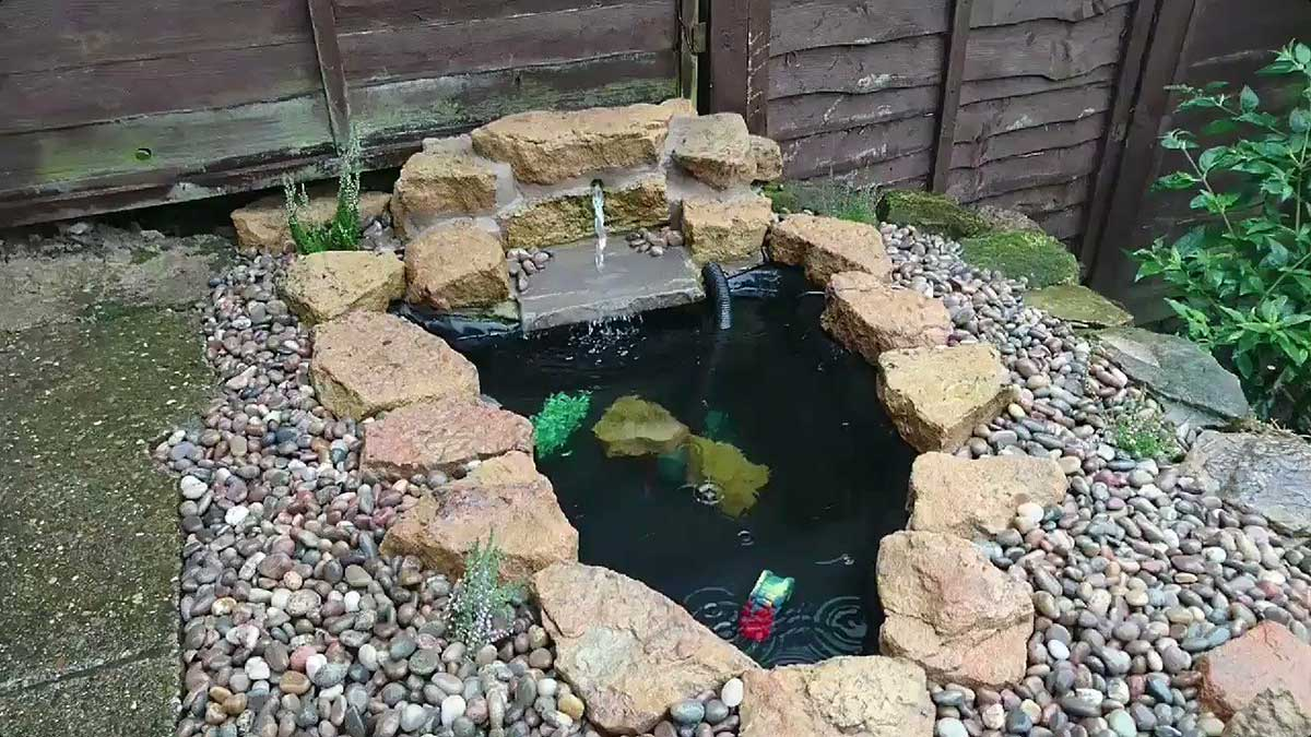 From a mini-fountain to a fully excavated and lined pond - we're equipped and experienced.